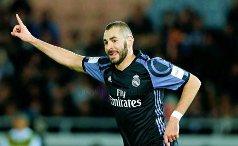 Embedded thumbnail for Coupe du Monde des Clubs 2016 (Demi-finale): But Karim Benzema contre Club America